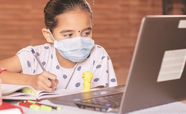 Health problems due to online classes